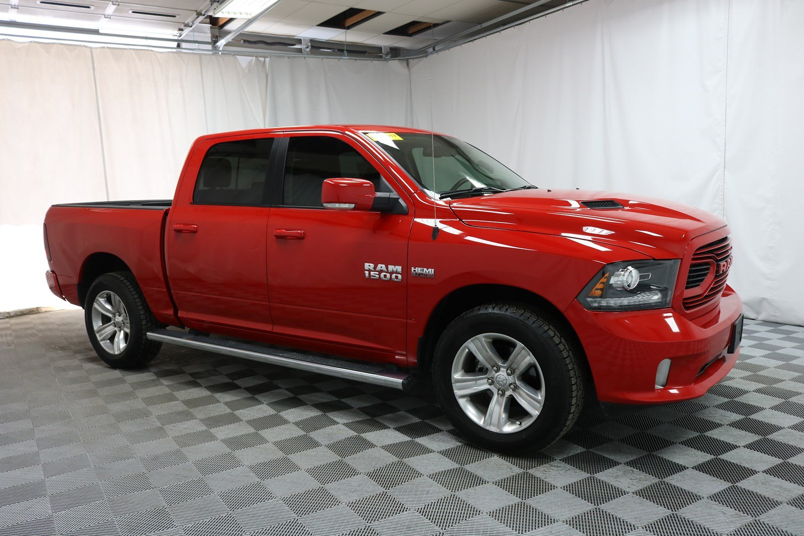 Pre Owned 2018 Ram 1500 Crew Cab Sport 4x4 Truck In Wichita U570857 Super Car Guys