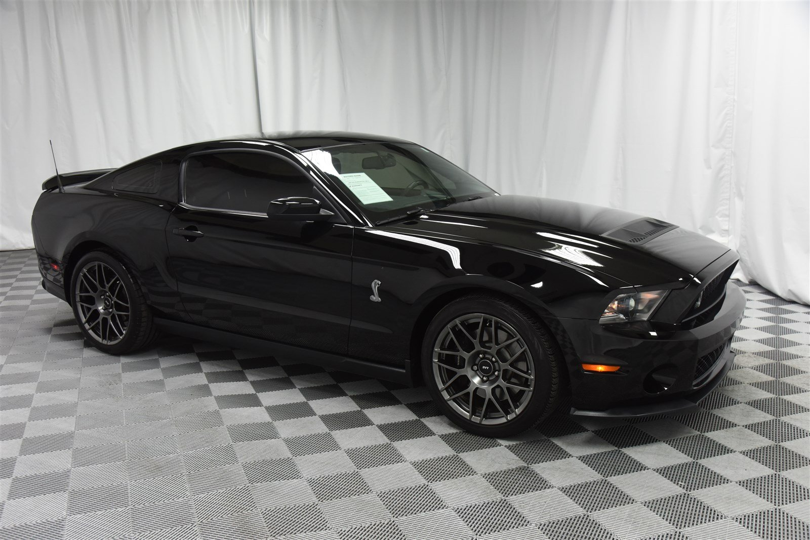 Pre owned 2012 ford mustang shelby gt500