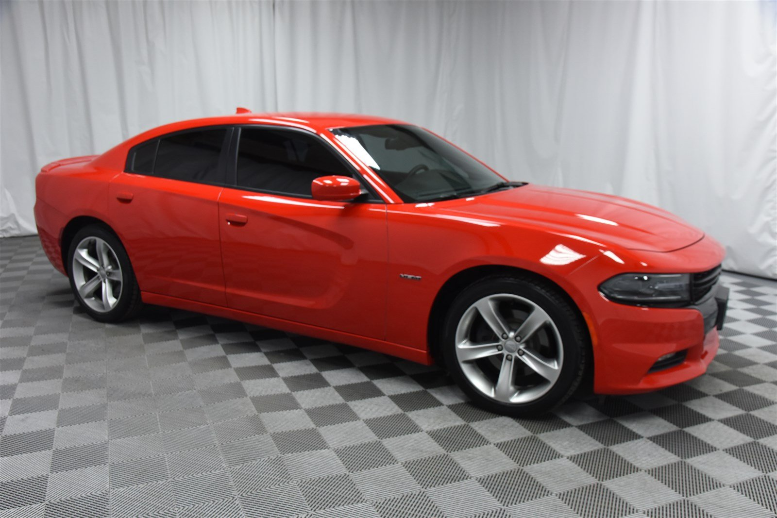 Pre Owned 2016 Dodge Charger R T Sedan In Wichita Sa569922 Super Car Guys