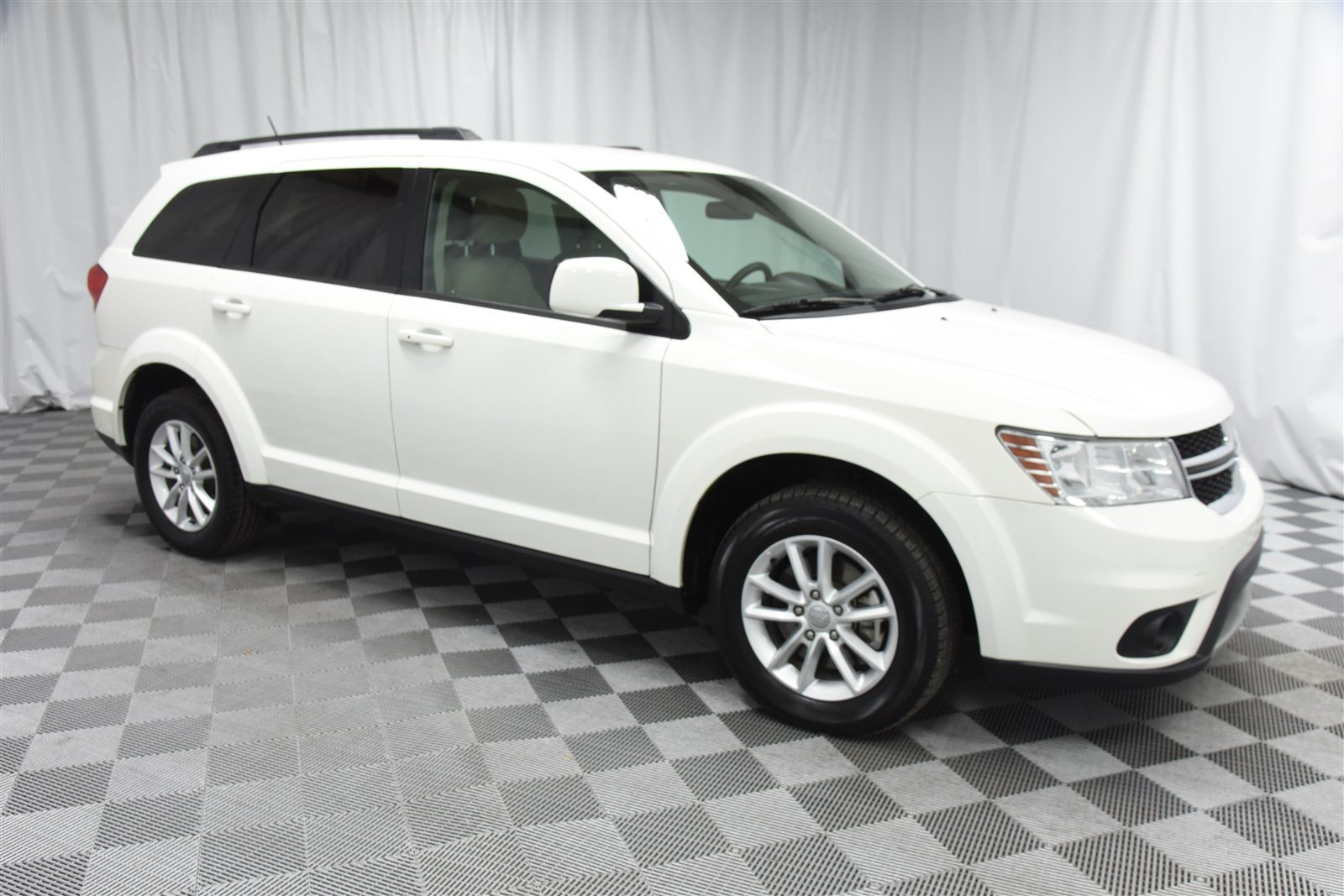 Pre Owned 2017 Dodge Journey Sxt Suv In Wichita E569577 Super Car